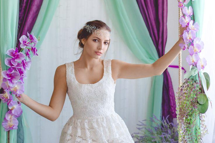 """свадебные венки для волос Фотопроект """"Нежность"""" Фотограф: Светлана Струженко (https://vk.com/ifennec) Модель: Вика Чертовских (https://vk.com/id22704726) Визажист/стилист: Tanya Boldyreva (https://vk.com/id17839564)  Украшение: Diadema ( http://wedding.lavkai.ru )"""