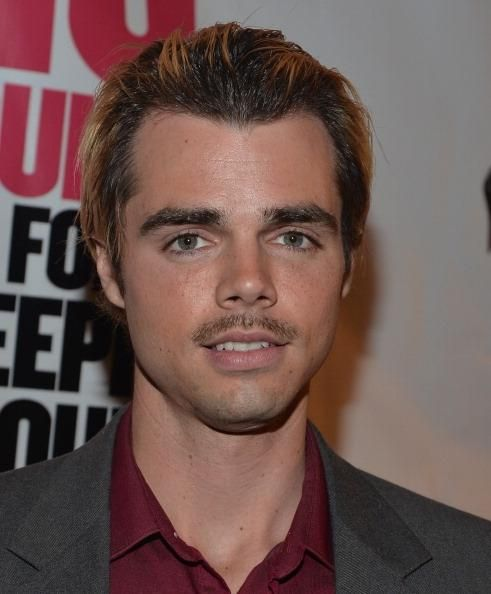 'Modern Family' Actor Reid Ewing About His Struggle With Body Dysmorphic Disorder - http://asianpin.com/modern-family-actor-reid-ewing-about-his-struggle-with-body-dysmorphic-disorder/
