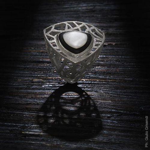 Contemporary Jewelry - V.M. Preziosi Firenze Facebook: V.M. Preziosi Firenze
