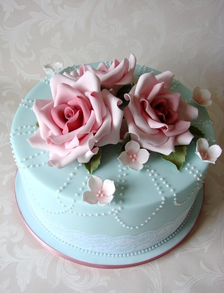 Blue and pink roses cake. so cute!