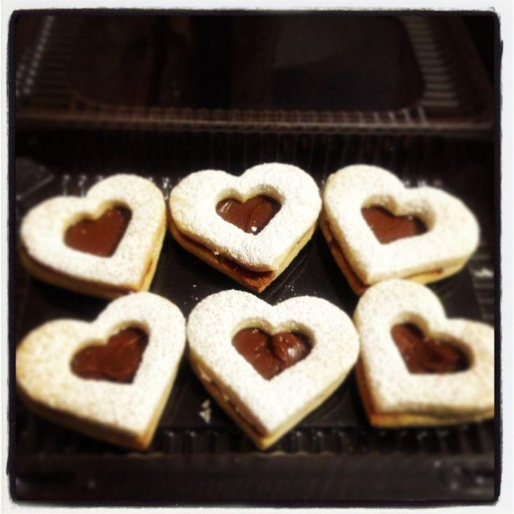 Galletas de corazón rellenas de dulce de leche