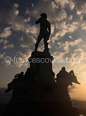 David di Michelangelo - Firenze, Piazzale della Repubblica #urbanmood #francescovieriph http://www.francescovieri.com/