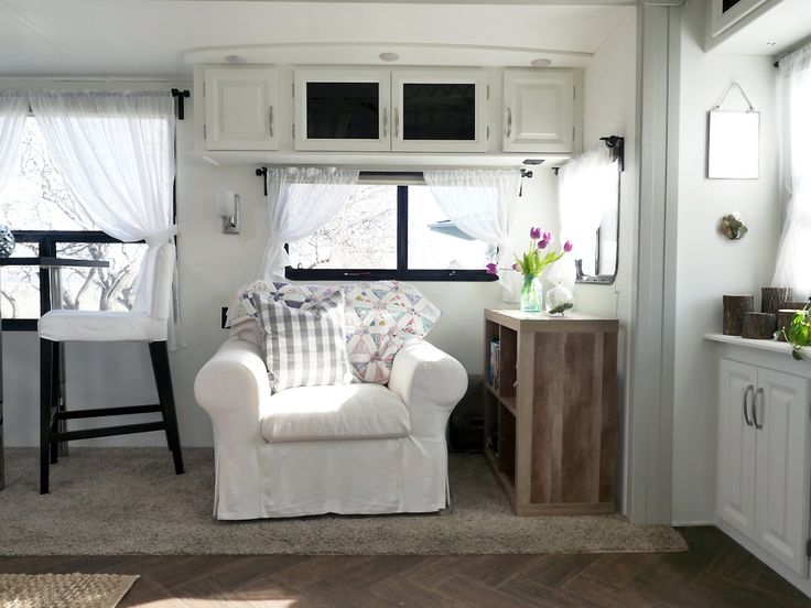 RV Renovation Reading Nook