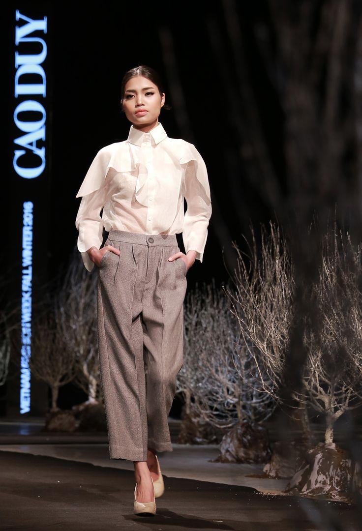 Vietnam Fashion Week FW16. Ready to wear. Designer : Cao Duy. Photo : Binh Son