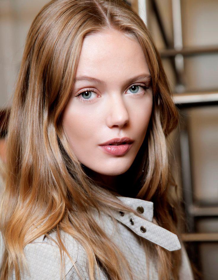 LES BLONDS CHAUDS : le blond vénitien - Cheveux blonds : les nuances à demander à son coiffeur - Elle