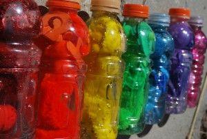 Puede hacer botellas para explorar los colores
