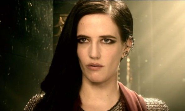 "Eva Green as Artemisia in the film ""300: Rise of an Empire."" Eva Green ear cuff 300 rise of an empire"