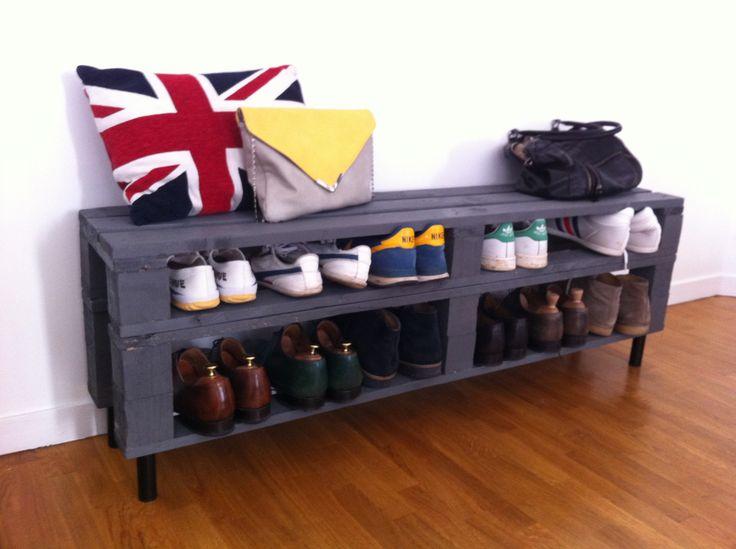 Meuble chaussures fabriqu partir de palettes en bois - Idee rangement chaussures a faire soi meme ...