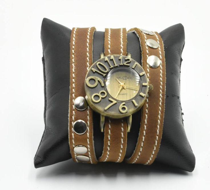 Reloj de cuarzo para dama de pulsera con correas extra largas en piel. #Reloj #pulsera #dama #piel #color #sepia #finelookingstore   Lady quartz watch with extra long leather straps. #Bracelet #watch #women #leather #finelookingstore