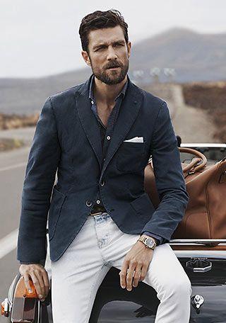 ネイビージャケット+白ジーンズの着こなし【50代男性】(メンズ) | Italy Web