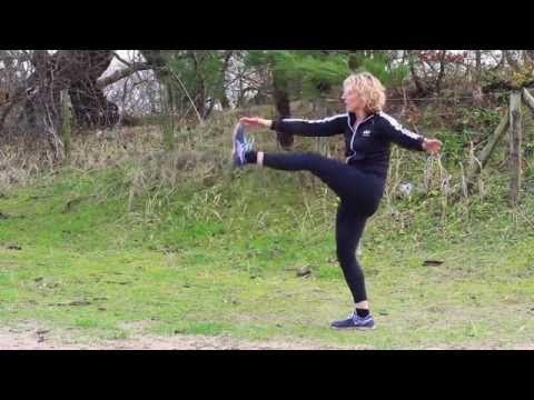Beweeg je Sterk met PuurGezond: Staande buikspieren - YouTube