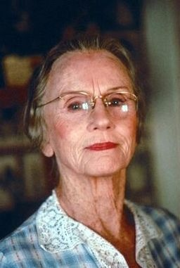 Jessica Tandy....what a joy to watch on the screen.