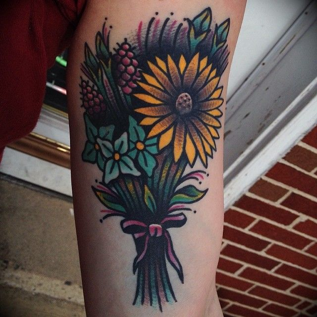 Best 25 Soul Tattoo Ideas On Pinterest: 25+ Best Ideas About Flower Bouquet Tattoo On Pinterest