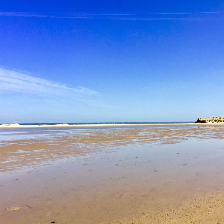 Gorgeous Holkham beach, ready for summer and still not many people around. Book your dog and child friendly holiday in North Norfolk now - link in bio