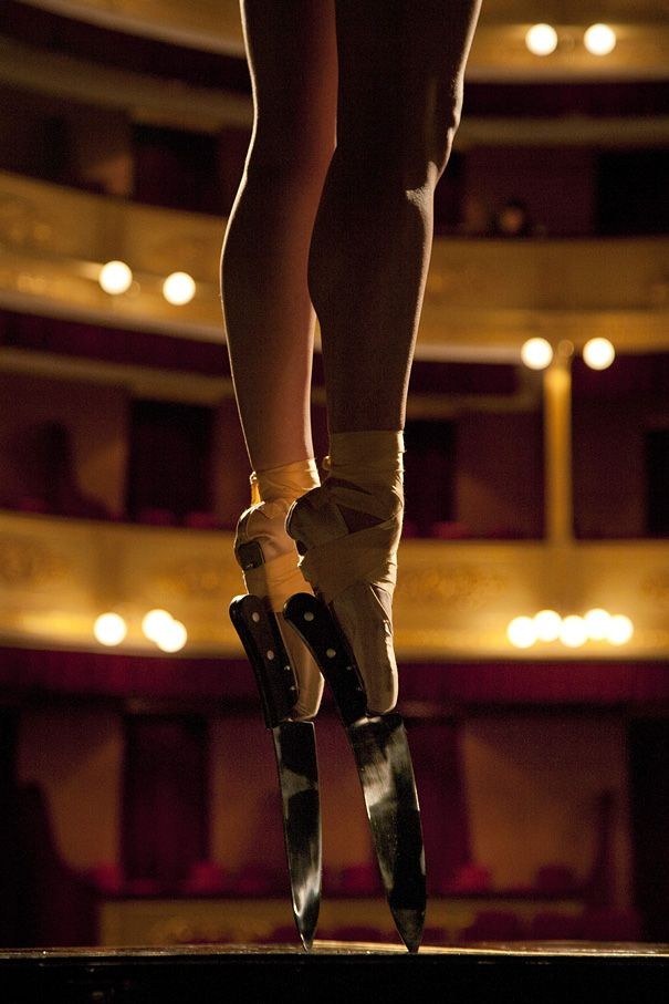 Ballerina Emelie Segarra Wears Knife Shoes to Perform En Pointe. Javier Perez