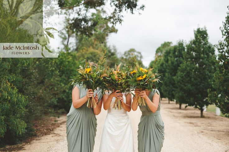 Ellie and her bridesmaids loved their large, unstructured bouquets of sunflowers and small native flowers and foliages. www.jademcintoshflowers.com.au www.littleblackbowphotography.com.au
