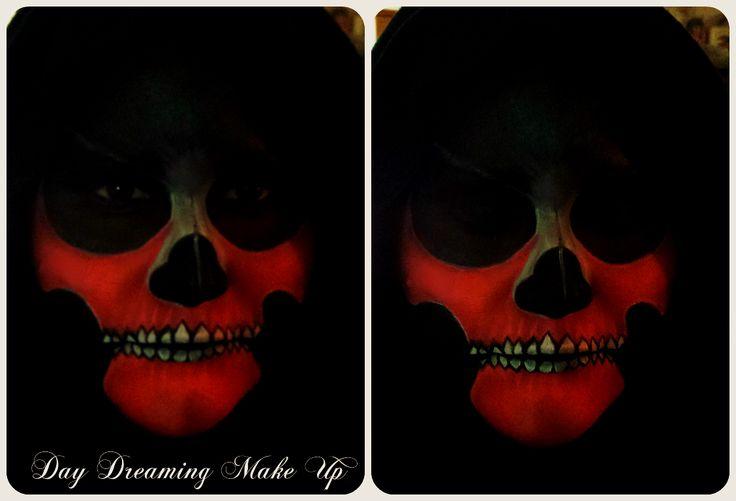Ghost of the Christmas Yet to Come  #makeup #mua #makeupartist #makeupaddict #makeupart #makeupsecrets #makeuptutorial #italianmua #italymua #madeinitaly #makeupguru #makeupgurus #beauty #fashion #beautytips #suggerimentidibellezza #consiglidibellezza