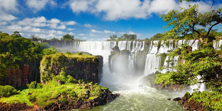 Iguaçu Falls, which sits at the border of Argentina, is a UNESCO World Heritage Site and one of the most spectacular waterfalls in the world.   ..rh