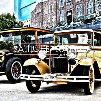 STOCK PHOTOS: Antique Automobiles TITLED: Antique Automobiles PHOTOGRAPHER: Samuel Ramos FORMAT: JPEG SIZE: 5184 x 3456 [ 16.8 MB] ***INSTANT DOWNLOAD*** The purchased file will be of high resolution and will not include the preview watermark.