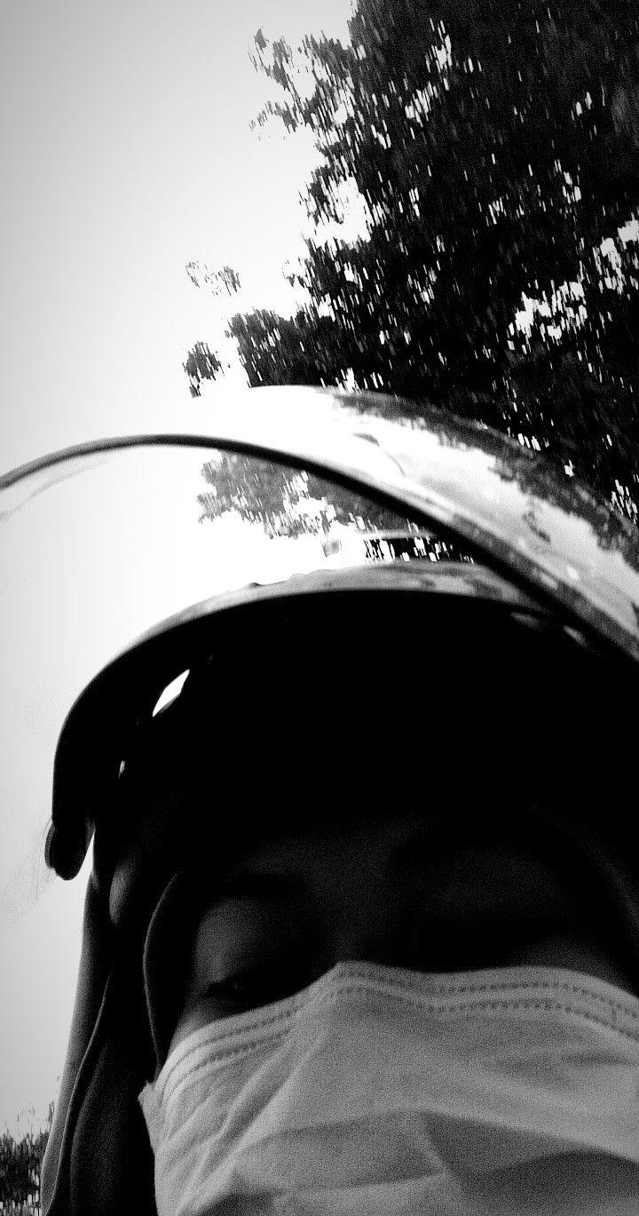 Jika foto sudah diambil, apa yang harus dilakukan? Jalan Jalannn Pake Helm Fotografi Potret Diri Fotografi Potret Diri
