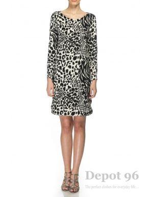 Rochie animal print cu spatele gol, Depot 96 - O rochie cu o structura deosebita, avand spatele gol. Este un model ce pune accentul pe feminitate si senzualitate. Este o rochie scurta, cu maneci 3/4 ideala pentru o tinuta casual. - Compozitie: 60% poliester, 35% vascoza, 5% lycra.<br/>Marimi disponibile: S,M,L,XL Colectia Rochii mini de la  www.rochii-ieftine.net