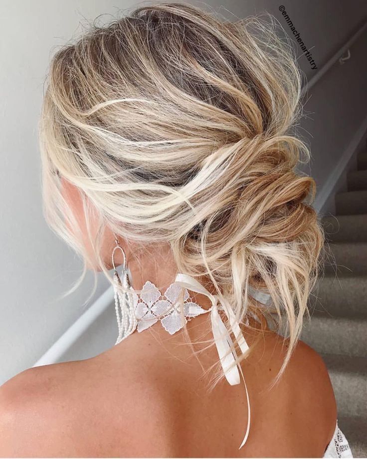 51 Romantic Wedding Hairstyles: 26 Hairstyles For Bridesmaids Of All Hair Types