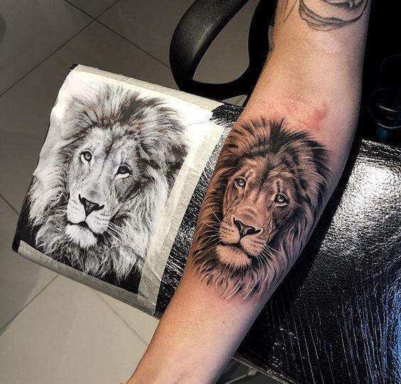 wrist lion tattoo, wrist tattoo, lion tattoo