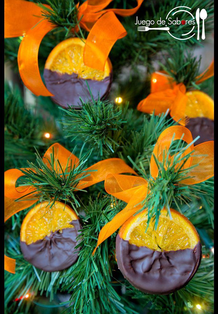 En Navidad todo es posible, incluso que los abetos den rodajas de naranja confitadas de chocolate. Nunca lo habíais visto, ¿verdad? Clar...