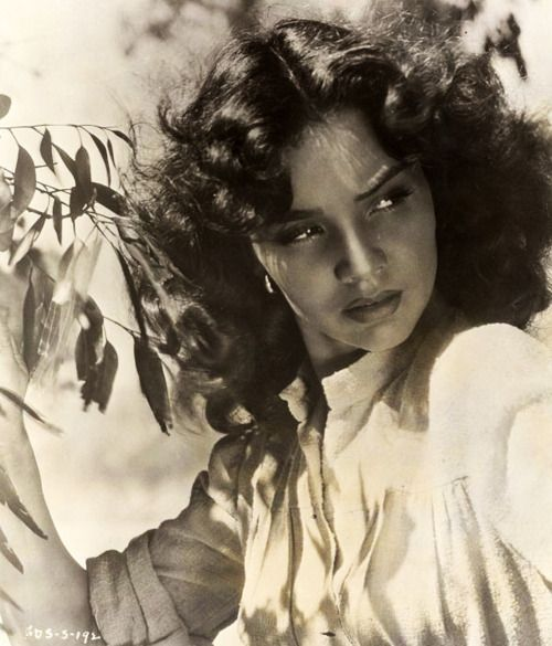 Jennifer Jones, 1946, publicity shot for Duel In The Sun This was a very steamy movie for it's day.