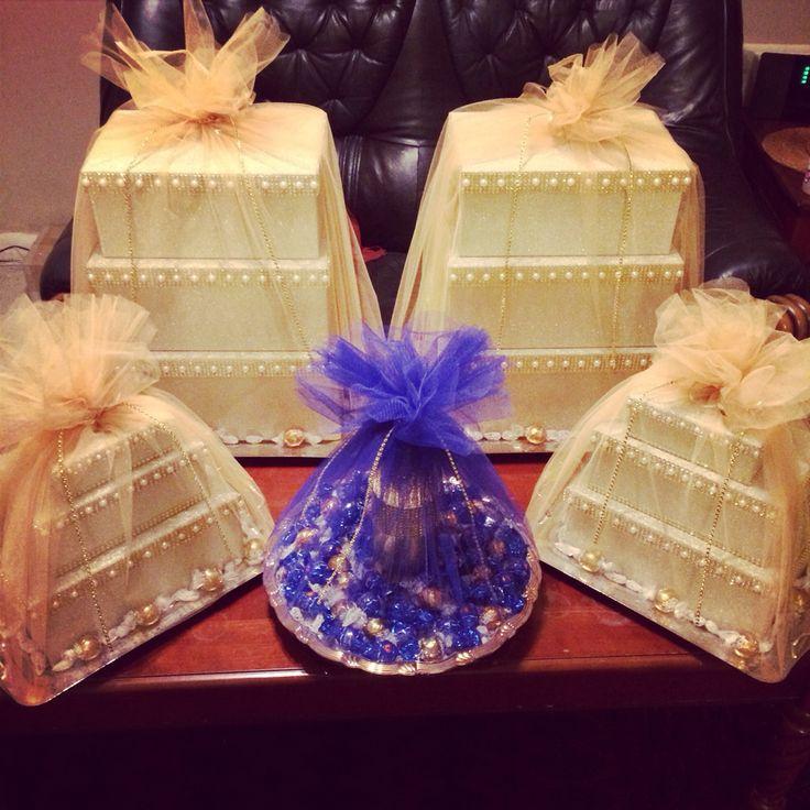 Shirni tray & gift boxes #engagement #giftboxes #afghanparty #wedding #arosi…