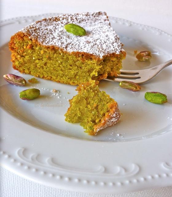 Di pasta impasta: Torta di pistacchi (pistacchio cake)