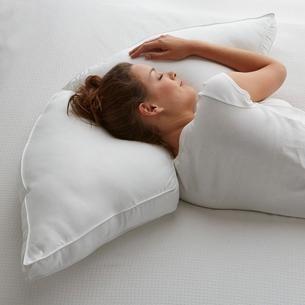 Posture Pillows – Half-Moon Side Sleeper Pillow