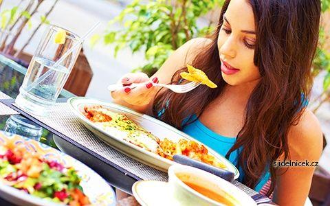 Tříhodinová dieta s pravidelnou stravou