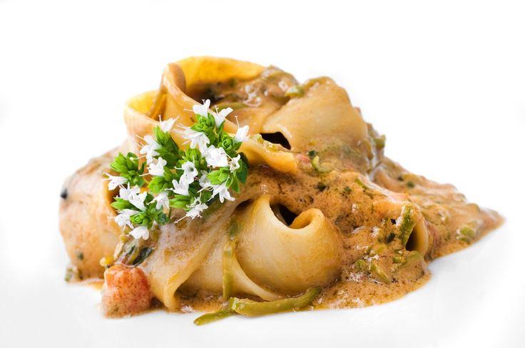 Pappardelle di grano duro con cozze alla saracena - Chef Gennaro Esposito