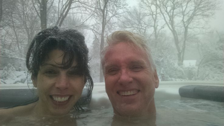 Bullfrog Spas/Long Island NY: Whatever the weather, there's no stopping true Valentines. They're going to make a special day of it. And whenever possible, that includes a togetherness-soak in a steamy hot tub. More: http://www.longislandhottub.com/longisland_hot_tub_spa_blog/?p=2838