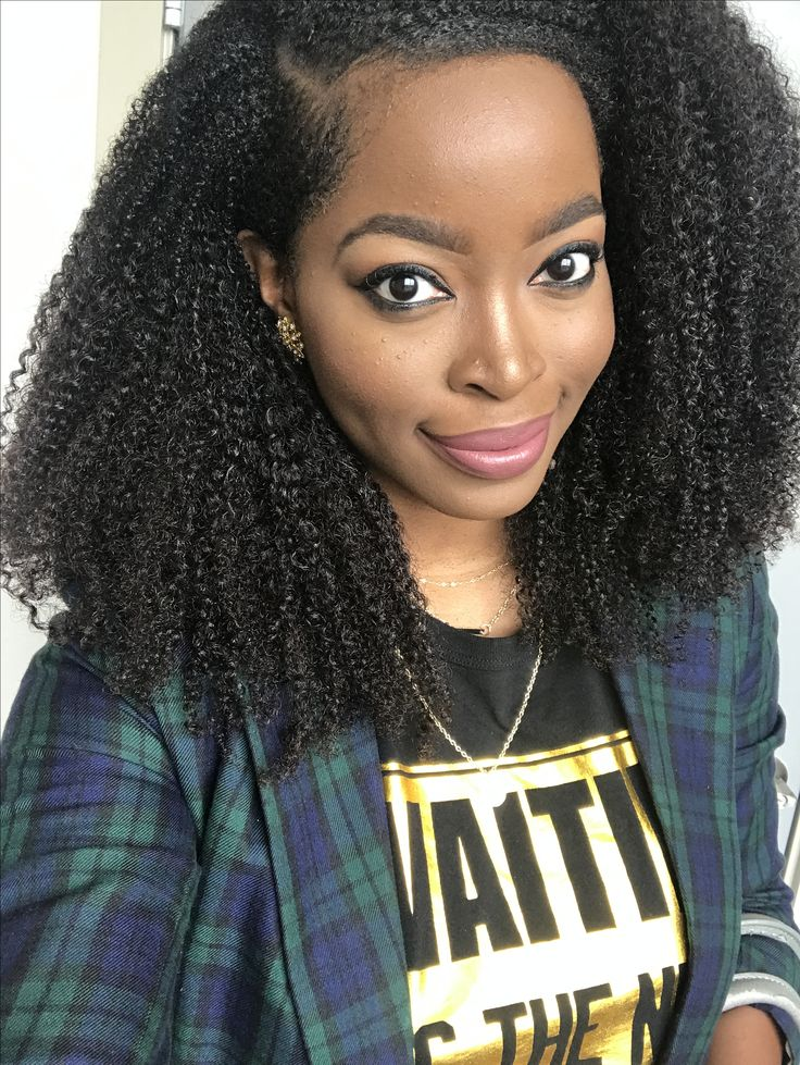"Msnaturallymary rocking her ""waiting is the New Black t-shirt with her hergivenhair. Click picture for hair deets."
