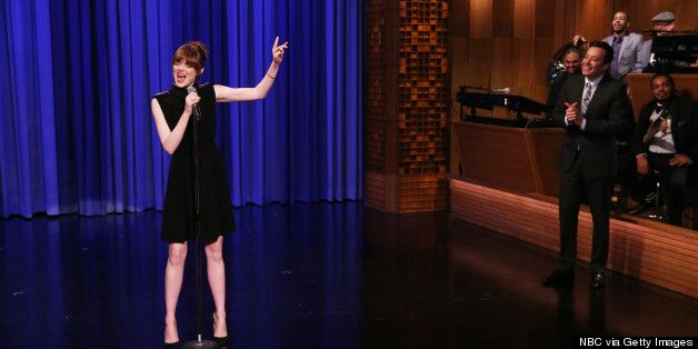 I will always need to watch this! Emma Stone & Jimmy Fallon Lip Sync Karaoke Battle