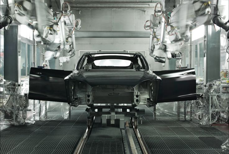 Analysts Tour Tesla Factory, Come Out Giggling Like Schoolgirls