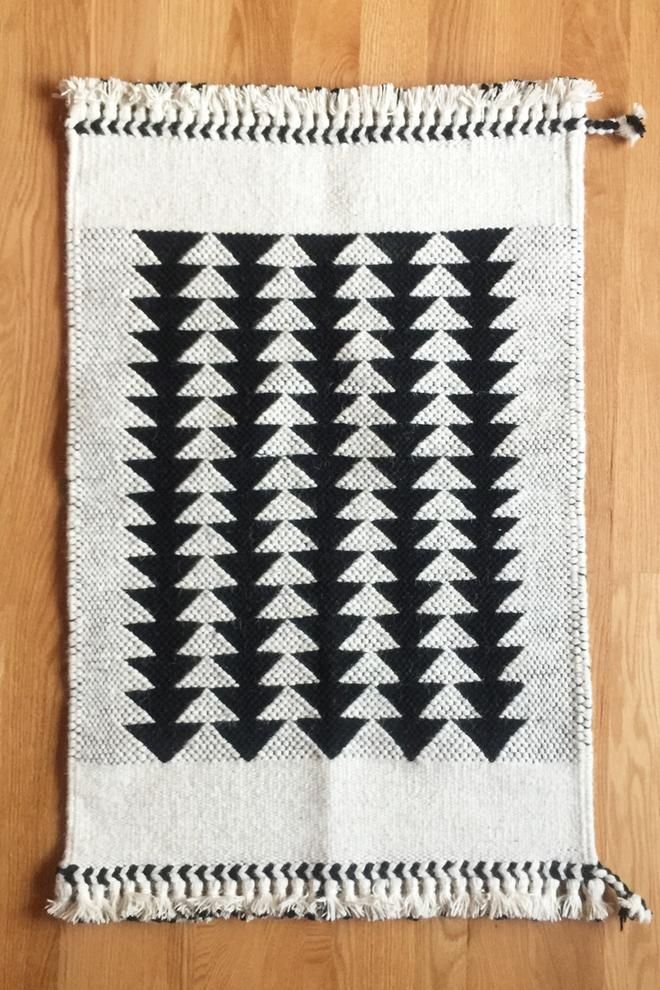 100 Handwoven Wool Rug Made By Master Weavers In Kutch India Using Undyed Goat And Sheep
