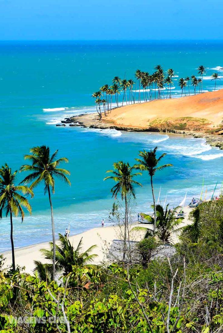 Conheça a Praia da Lagoinha, no litoral oeste do Ceará, uma das praias mais bonitas desse Estado no Nordeste do Brasil