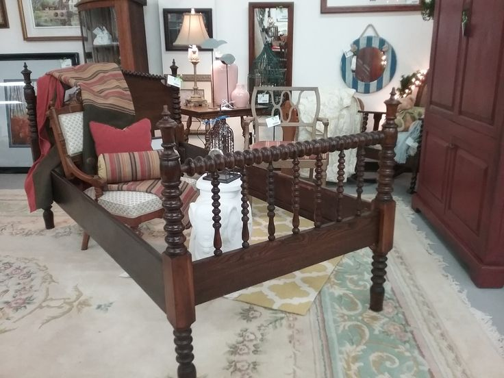 Jenny Lind Spool Bed-Vintage   The Millionaire's Daughter