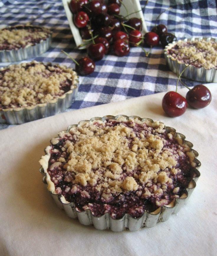 Hot Pie's Cherry Crumble