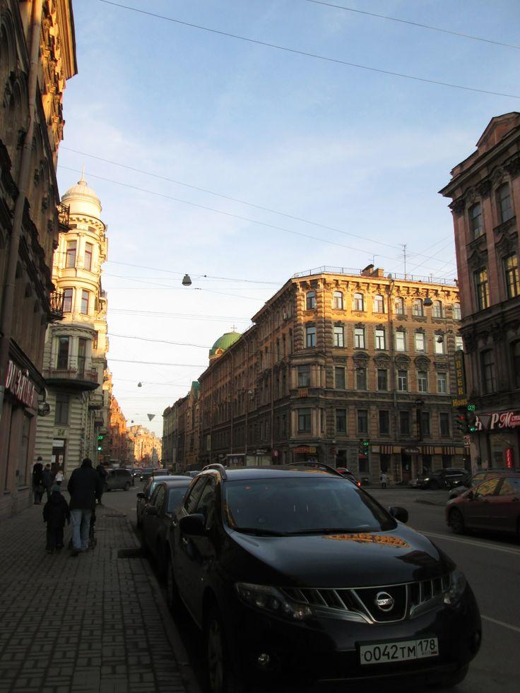 перекрёсток  улиц Некрасова и  Восстания