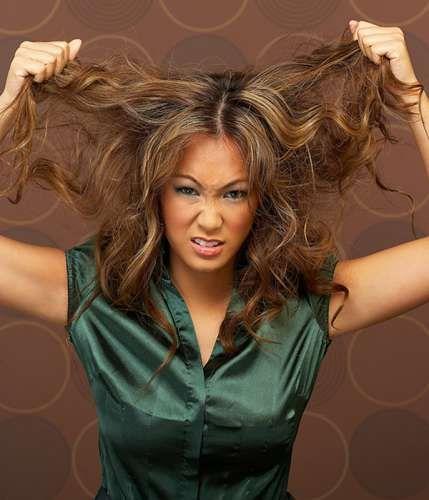 Tratamientos para Pelo Quemado. Si tienes el pelo quemado por usar mucho la secadora y la plancha, pues aquí le dejo unos buenísimos tratamientos naturales..