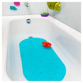 The Boon RIPPLE Bathtub Mat offers a safe, kid-friendly alternative to traditional bath mats. Made without BPA and phthalates, the Boon RIPPLE mat is also large enough to ensure your baby is on a safe, non-slip surface as they crawl across the tub. The mat features drain holes that expel water and a convenient built-in hook for hanging, so you don't have to worry about trapped water turning into mold as weeks and months pass.