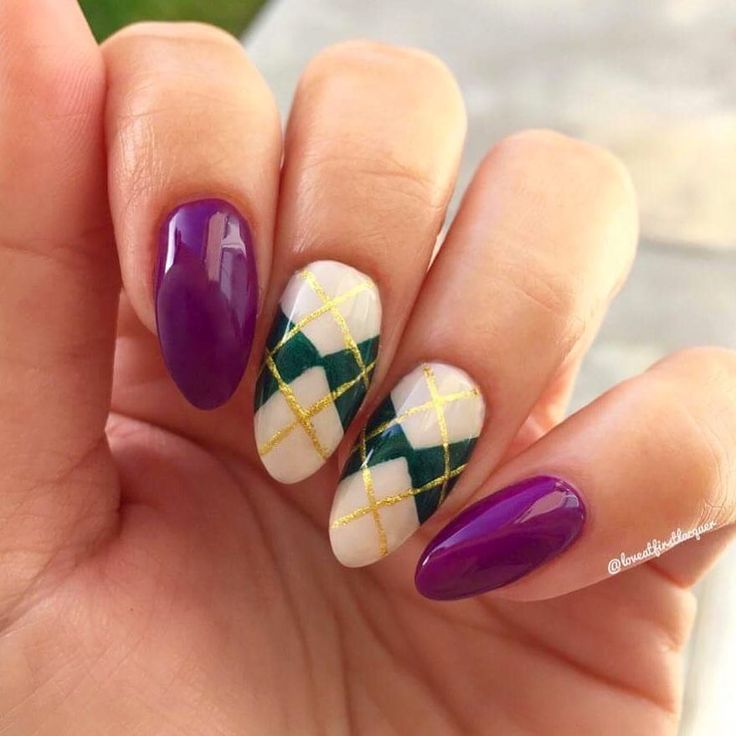 The 25 best argyle nails ideas on pinterest plaid nail art argyle nails purple green nude and gold create a preppy classy nail prinsesfo Image collections