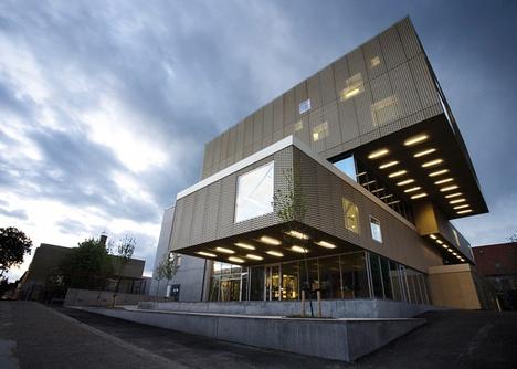 Kulturhus/bibliotek Nordvest, Copenhagen.