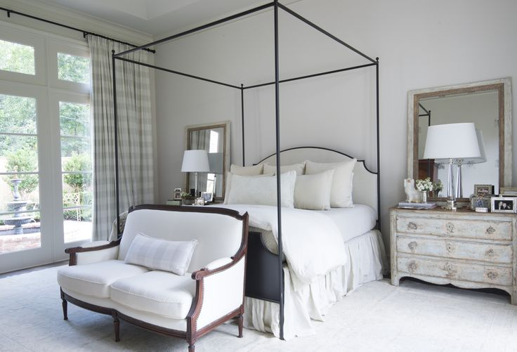 Tanglewood Acadian Home Master Bedroom Designer: Nest & Cot Photo Credit: Megan Thompson Lovoi