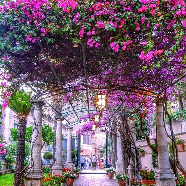 Grand Hotel Timeo - Taormina, Sicily, Italy http://www.somekindofwanderlust.com/grand-hotel-timeo/ Italy   Wanderlust   Europe   Taormina