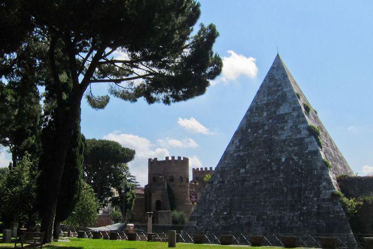 Pyramid at Cemetery Campo Cestio, Testaccio